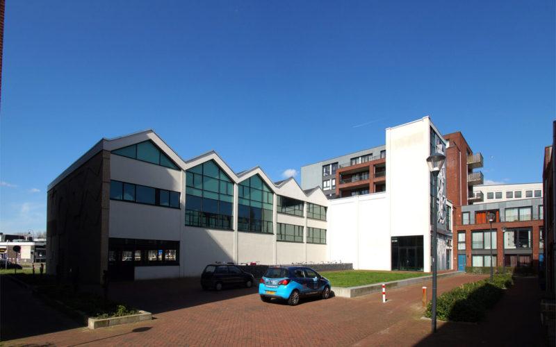 bop-aula-haarlemse school-foto-bestaand-achterzijde
